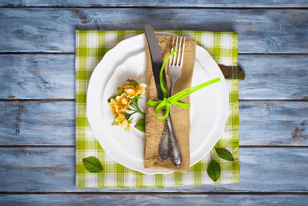 wielkanocny wystrój w restauracji - wielkanocny talerz
